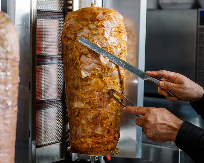 Kuva: Lihan valmistus.
